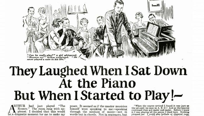 Śmiali się, gdy siadał do fortepianu. Reklama z 1927 roku, czyli jak pisać lub nie pisac tytułów